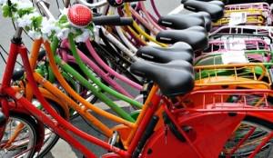 Wo habe ich nur mein Fahrrad abgestellt? Haben wir solche Situationen nicht alle schon einmal erlebt? © Instinktknipser  / pixelio.de