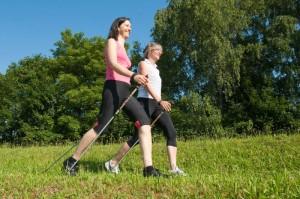 Vitamin D tanken auf gesunde Art: Bewegung im Freien | © dkfz.de