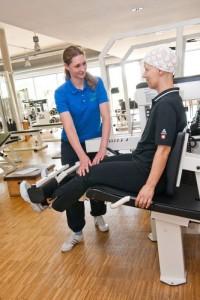Krebspatientinnen beim Krafttraining | © Medienzentrum des Universitätsklinikum Heidelberg