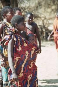 Frauen der Hadzabe. © Idobi. CC BY-SA 3.0.