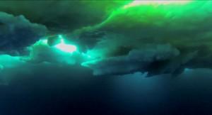Blick auf die Unterseite Arktischen Meereises - diese Aufnahme entstand mit der am SUIT-Netz befestigten GoPro-Kamera. © Alfred-Wegener-Institut/ Hauke Flores