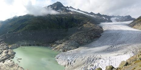 Der Rhone-Gletscher mit natürlichem Schmelzwasser-See. © Matthias Huss / ETH Zürich