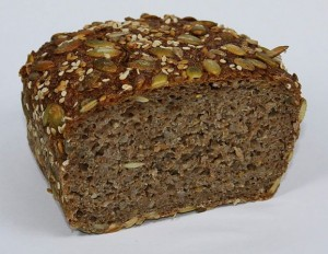 Vollkronbrot. © Fritzs. CC BY-SA 3.0. Wikimedia Commons.